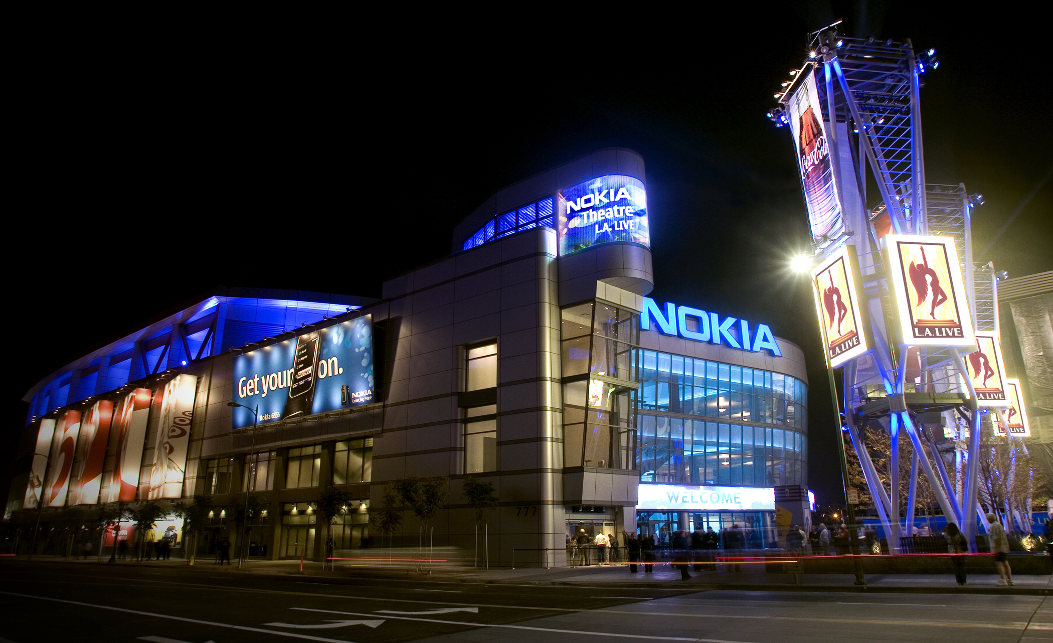nokia_theatre_street_level_final
