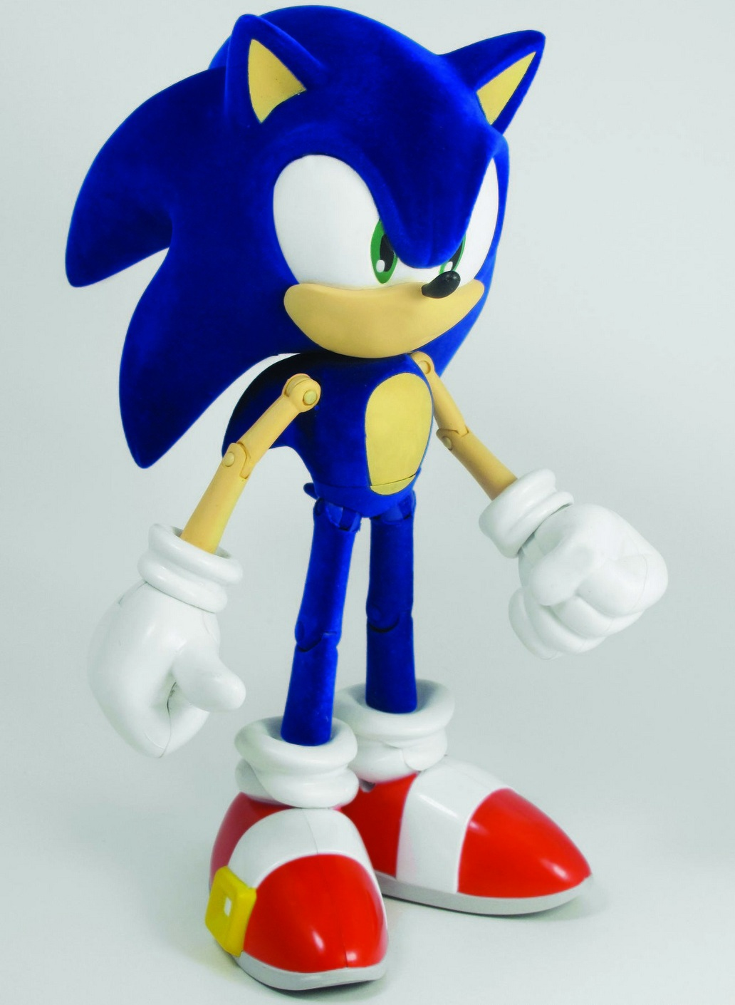 SDCC 2011: A Fuzzy Sonic Figure You Can't Have... Or Can You? - Sonic ...: www.sonicretro.org/2011/07/sdcc-2011-a-fuzzy-sonic-figure-you-cant...